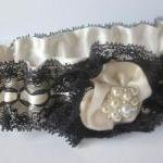 Bridal Garter Set with Pear..